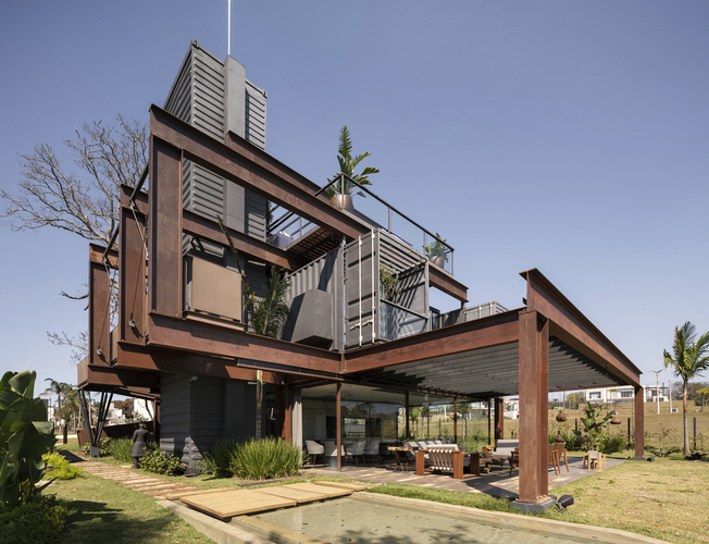 Container Laif House by BAUEN – Paraguay 2