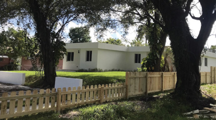 Shipping Containers Found a New Life as Home in Florida 5