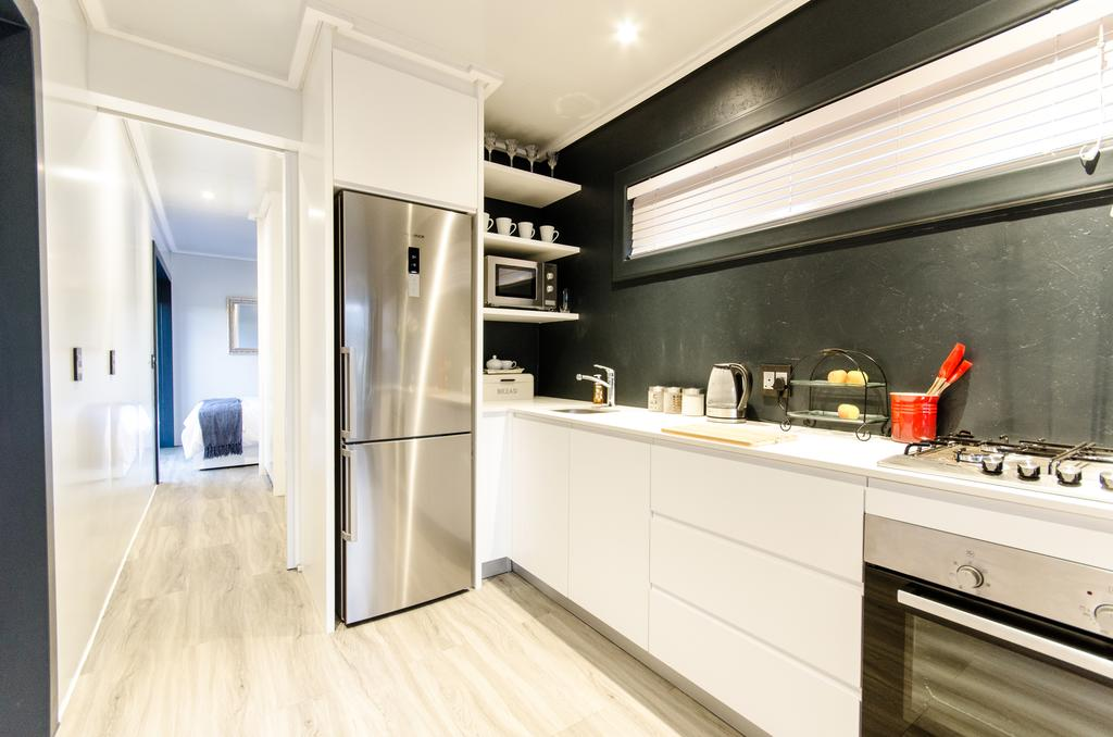 Wonderfully Designed Container House from Cape Town 11