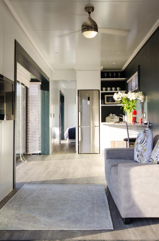 Wonderfully Designed Container House from Cape Town 2