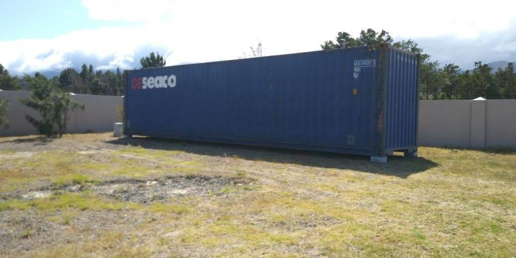 Wonderfully Designed Container House from Cape Town 21