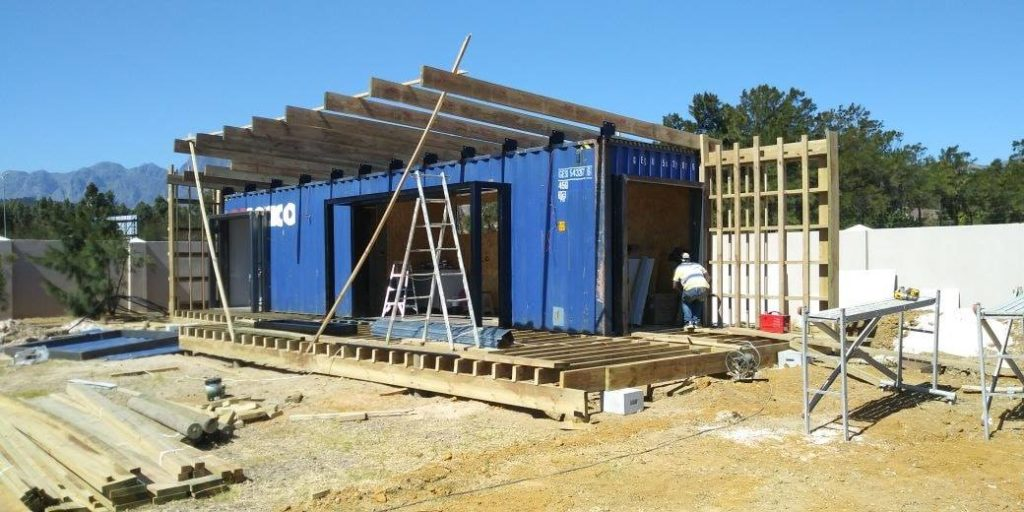 Wonderfully Designed Container House from Cape Town 27
