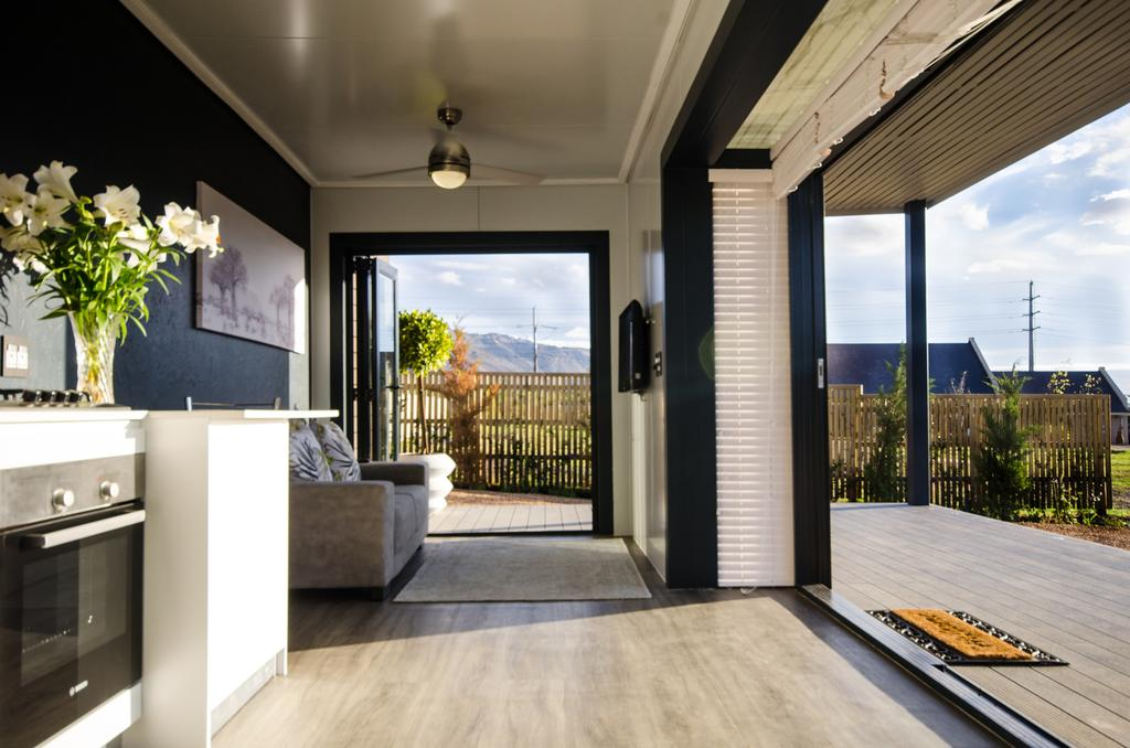 Wonderfully Designed Container House from Cape Town 6