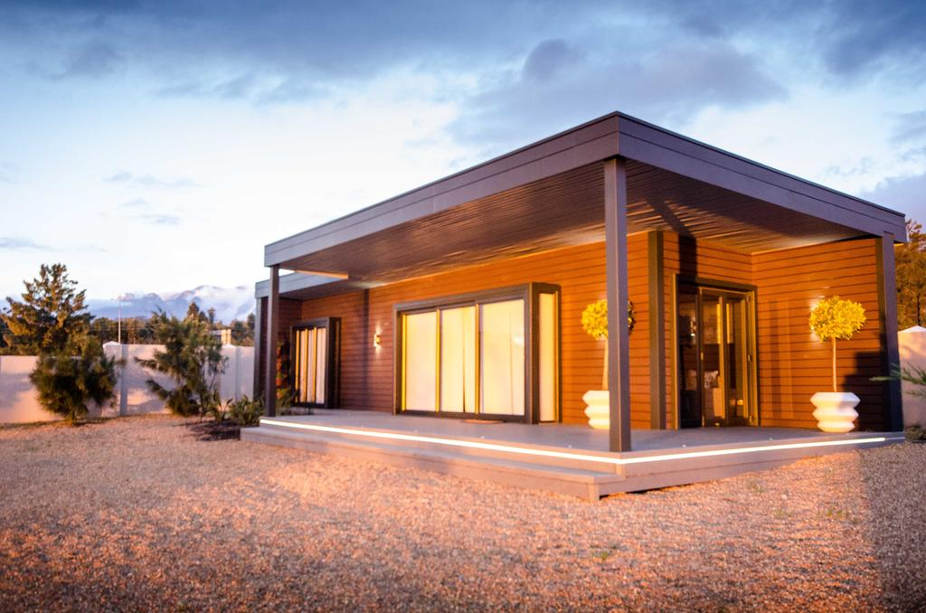 Wonderfully Designed Container House from Cape Town 8