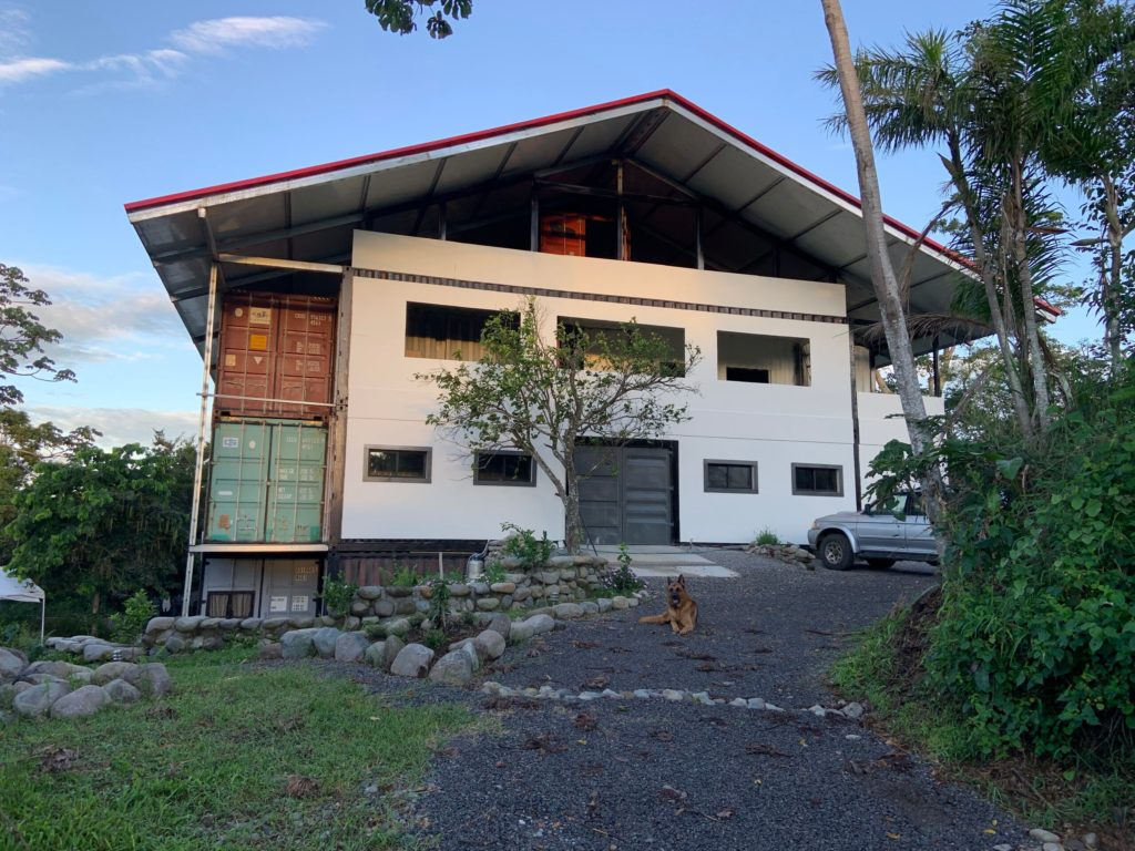 A Different Container House in Nature from Panama 16