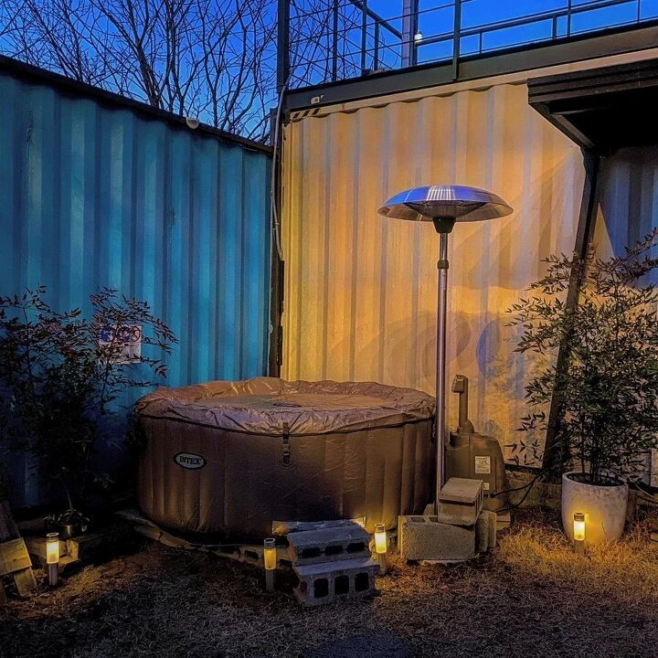Container House Located in the Seaside Village of Seoul 5