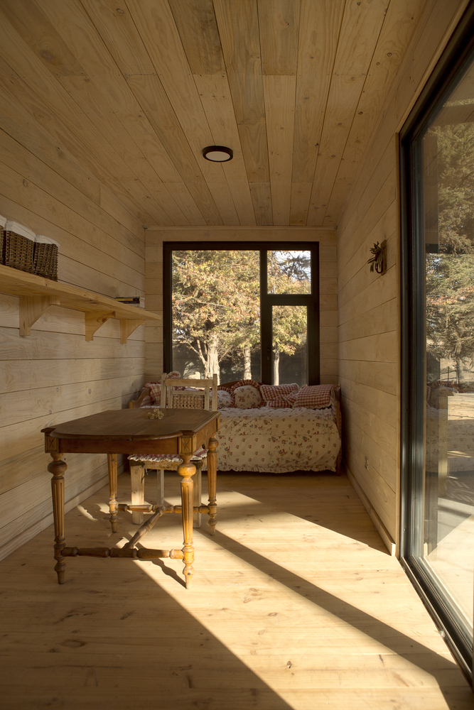 Conversion of Shipping Containers to Wonderful Home in Chile 4