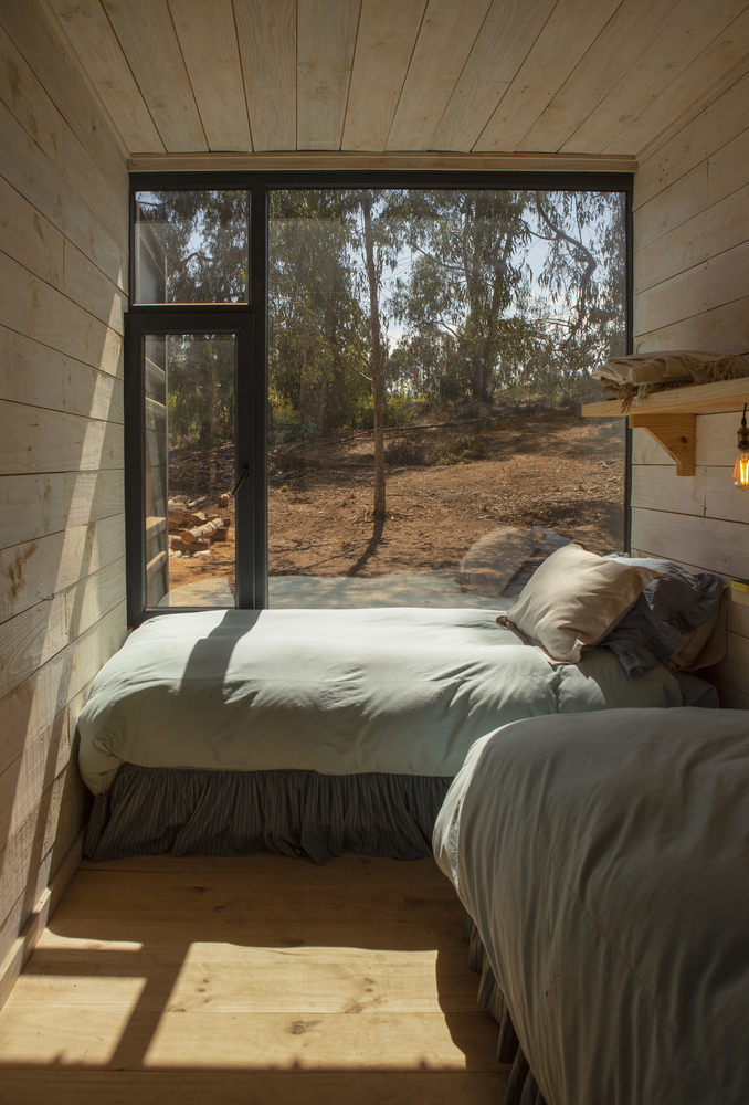 Conversion of Shipping Containers to Wonderful Home in Chile 5