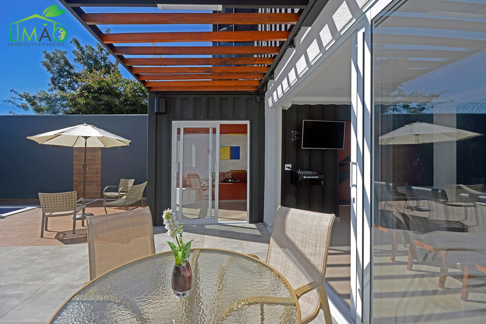 Cool Valley Container House from Brazil 18