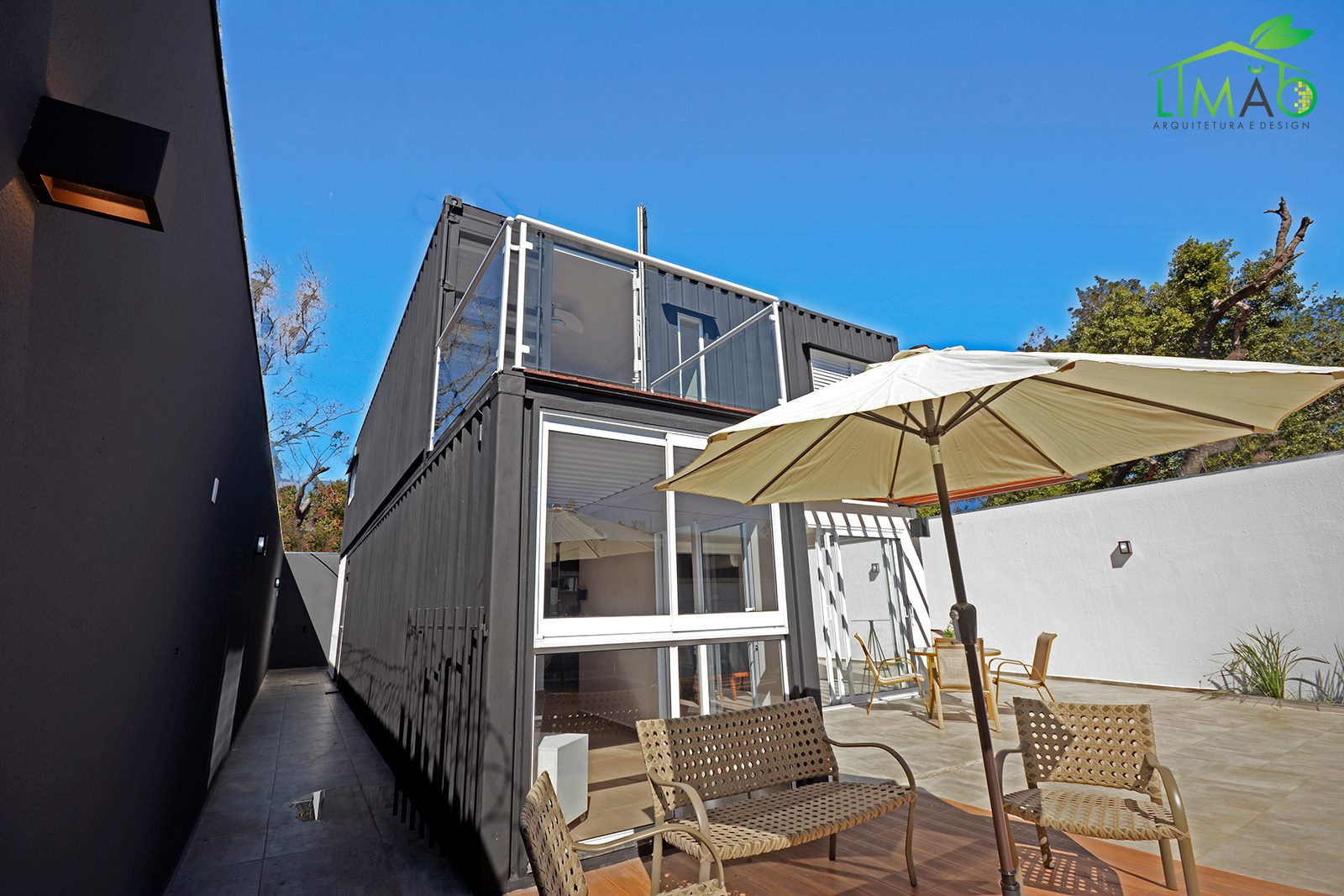 Cool Valley Container House from Brazil 19
