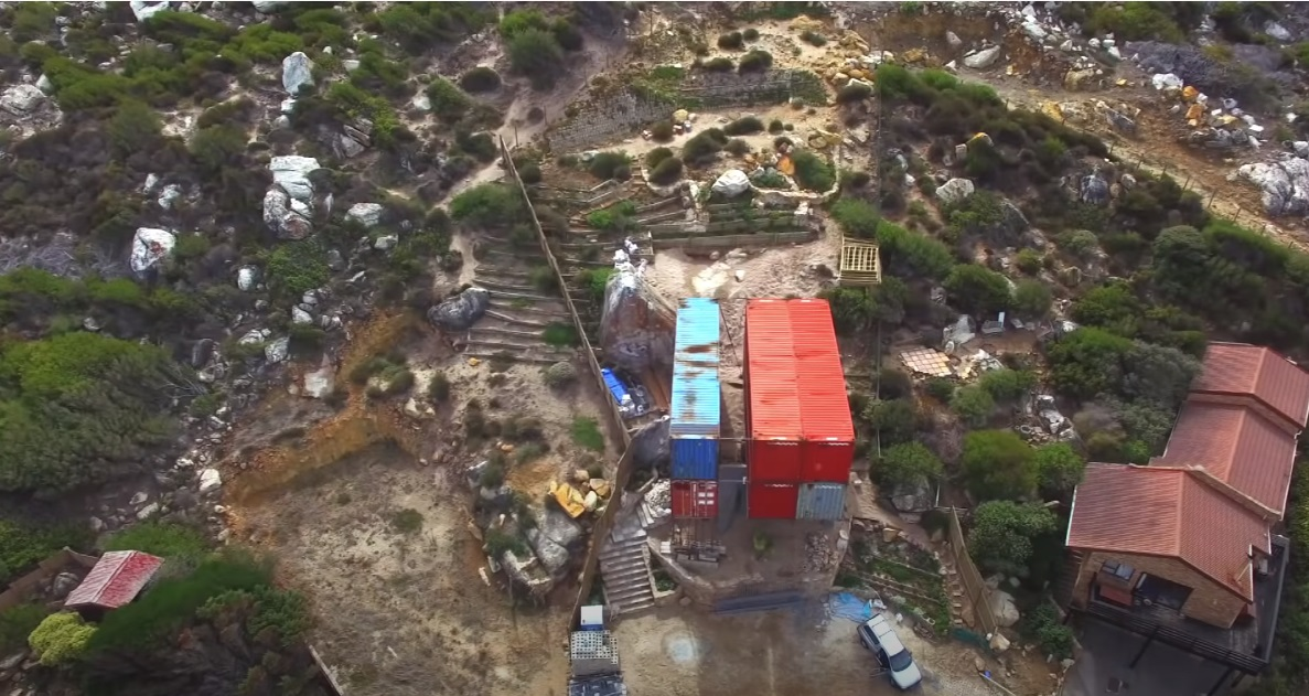 Seven Shipping Containers Convert into Super Luxury Container Home Aprox. 300.000 40