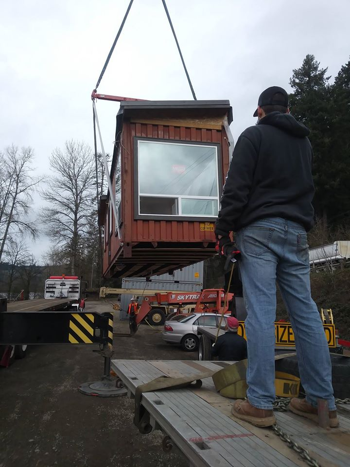 Simple But Cool Looking 175000 Container House The De Lux 20