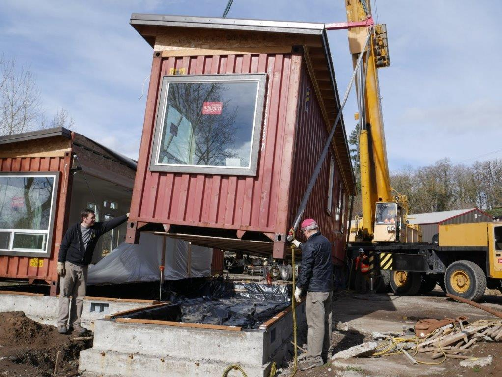 Simple But Cool Looking 175000 Container House The De Lux 28