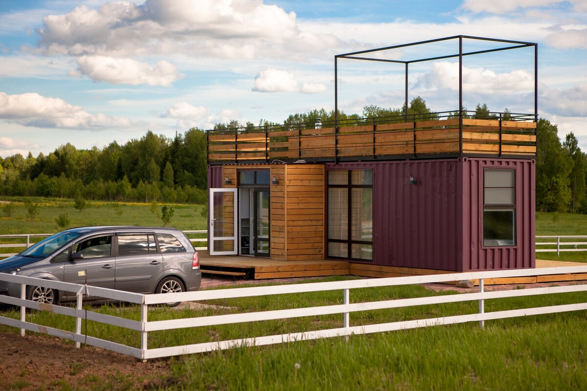 Stylish Small and Very Cozy House from the Sea Container in Moscow 2